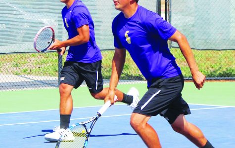 Kingsmen Sweep Beavers on Senior Day