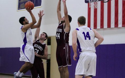 Kingsmen Hold off Redlands in Conference Win