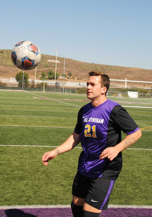 Senior Cody Collins has started four games for Cal Lutheran this season. The Kingsmen are unbeaten when Collins starts. Photo by Arianna Macaluso- Photojournalist