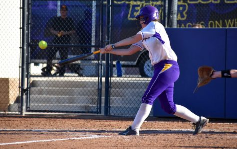 Regals Start Season With Sweep