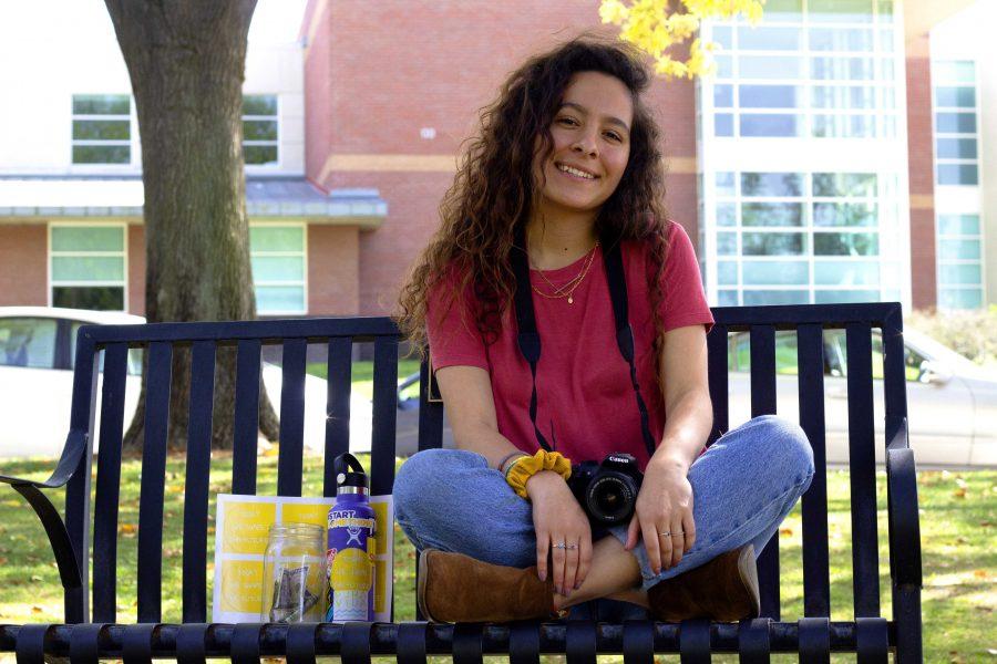 Transformando vidas: Ariana Ávila y su proyecto buscan apoyar la comunidad y la educación en Ghana. Foto por Gabby Flores- Fotoperiodista