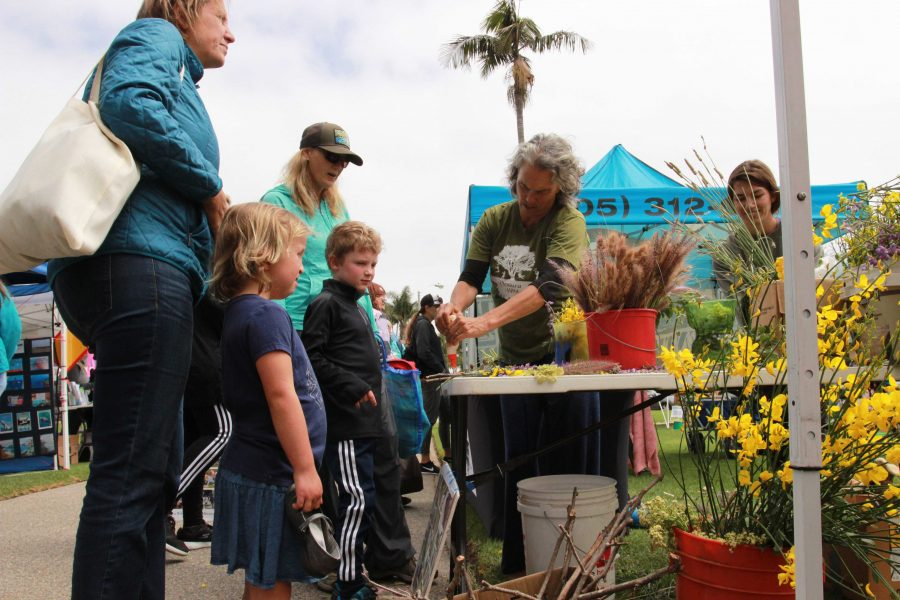 Nature's artistry: People who attended Eco Fest had the opportunity to make arts and crafts using plants and flowers from the local area. Photo by Gabby Flores - Photojournalist