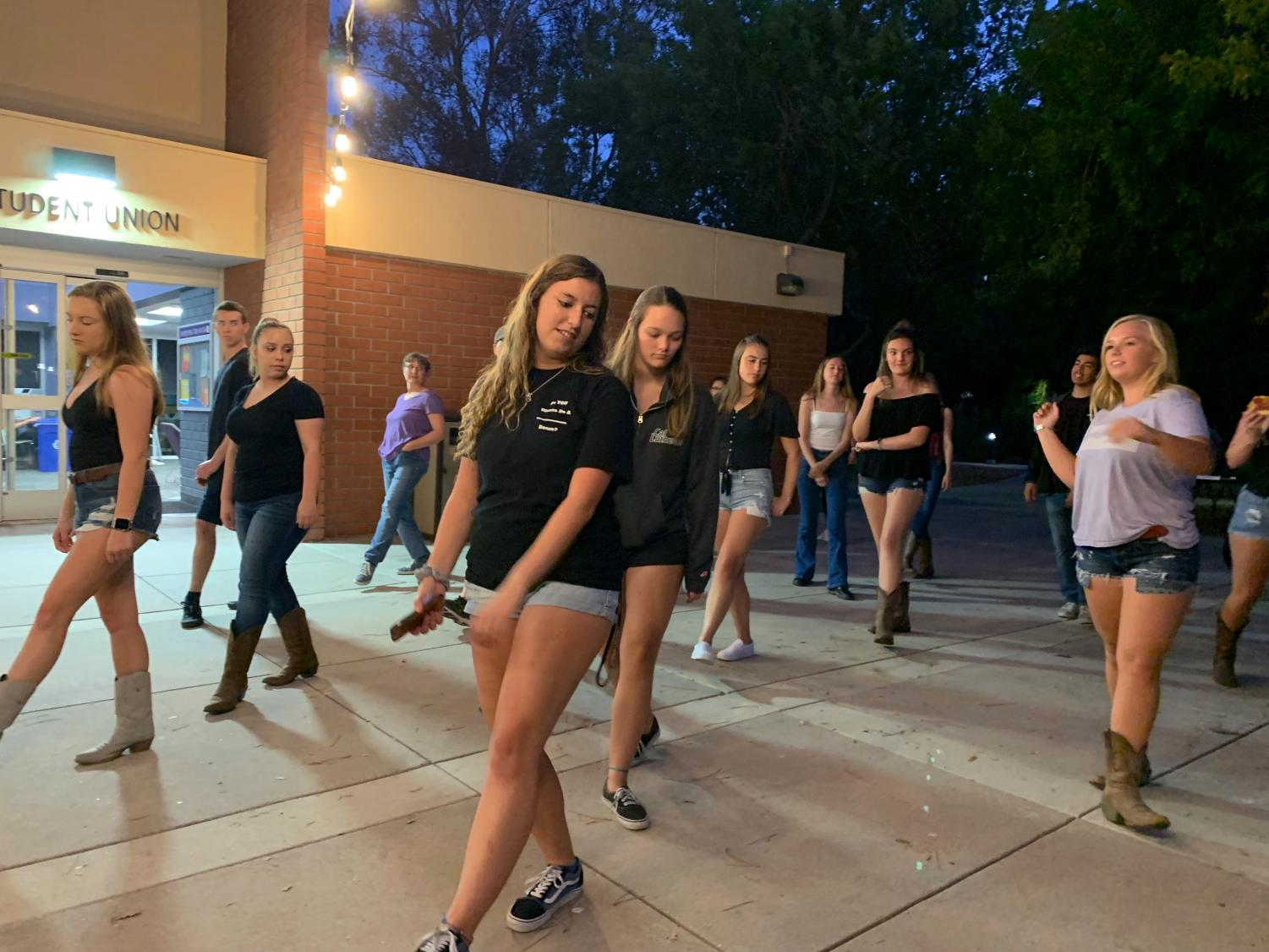 The Canyon Club offers lessons and discounts to students who attend Line Dancing Club.
