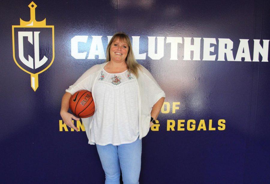Kelli DiMuro, a Cal Lutheran alum, joins the women's basketball team as the new head coach.