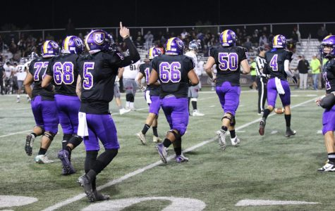 Kingsmen Football Defeated by Redlands Bulldogs in Smudge Pot Game