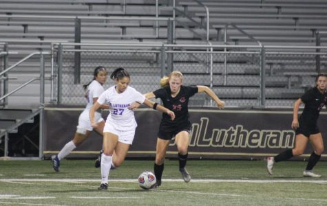 Regals Soccer Wins Semifinal Game, Now Headed to NCAA Tournament