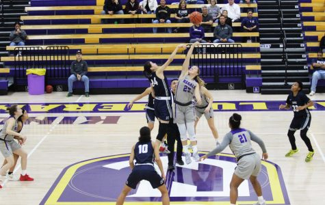 Regals Basketball Plays in First Exhibition Game Against Hope International University