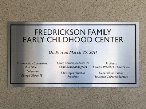 Un letrero en el Centro de La Primera Infancia de la Familia Frederickson. Proporcionado por Sam Irmas. Tomado el 30 de septiembre de 2020.